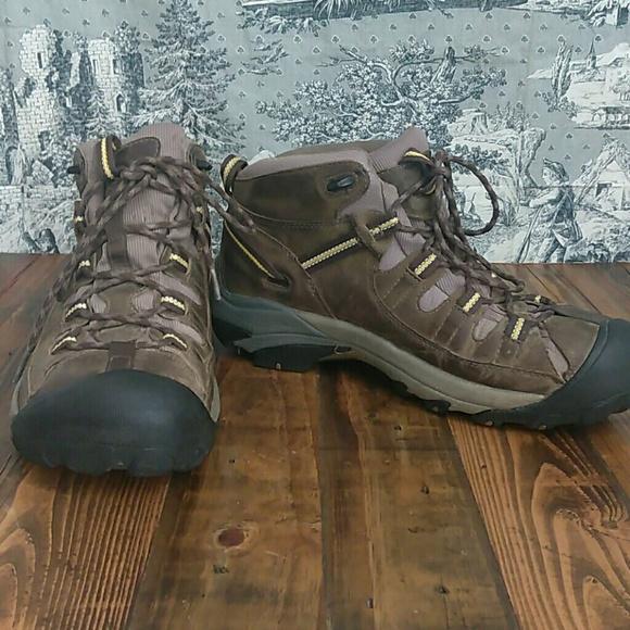 ef9cbcca5b0 keen Targhee waterproof mid hiking boots size 10.5